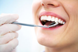 Do you need to repair broken dentures in North Sarasota.